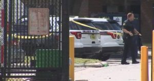 Man Injured After Being Shot in Neck at Orlando Apartment Complex.